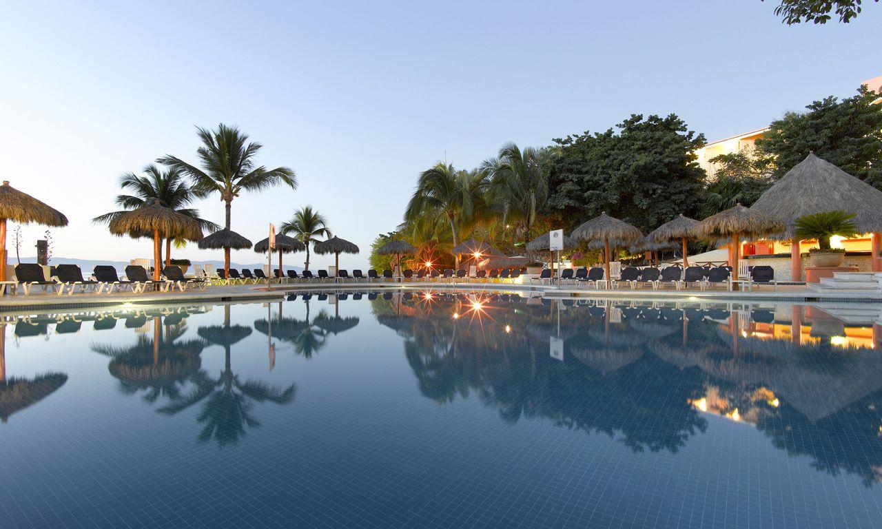 Grand Palladium Vallarta Resort Spa Reviews